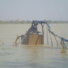Photo 5 : Pompage de l'eau pour la production maraîchère
