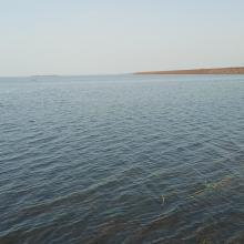 Vue du plan d'eau du barrage