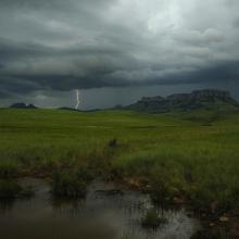 Thunderstorm approaching Ingula