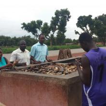 Dispositif pour la transformation du poisson à Tiogo-Mouhoun, localité riveraine du site Ramsar