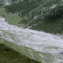 Meandering of a brook through the proglacial margins of Vadret da Tschierva and Vadret da Roseg, in the Roseg valley.