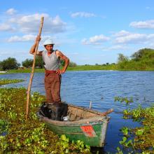 Islero en canoa